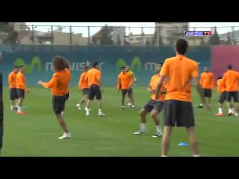 FC Barcelona training 2012 – one touch football