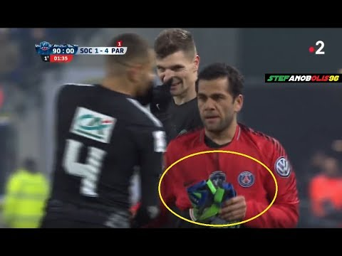 Dani Alves as Goalkeeper 😂 (Full Scene) ⚽ Sochaux Vs PSG 1-4 ⚽ HD #PSG