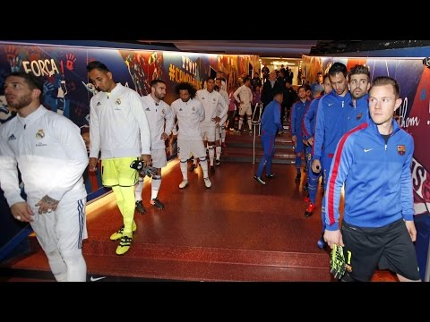FC Barcelona – Real Madrid: The players in the tunnel before the game