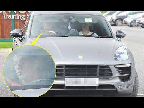 Breaking News  – Barcelona target Phillipe Coutinho leaves training ground
