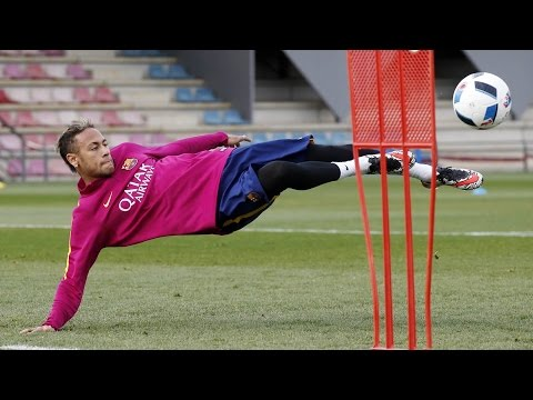Last FC Barcelona training session before Copa del Rey trip to Valencia