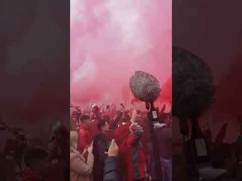 Liverpool fans Pre-match v Barcelona | Allez Allez Allez chants