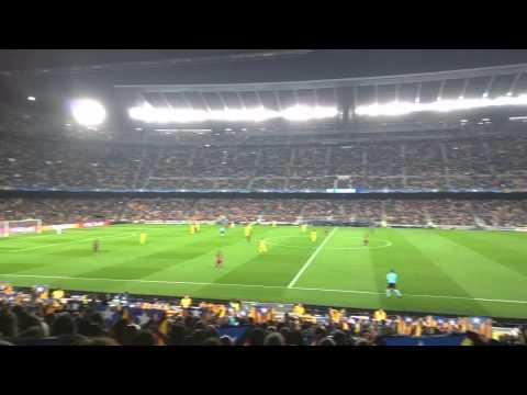 Minut 17:14 – Camp Nou FC Barcelona – Bate Borisov 04/11/2015 – Independence Chant
